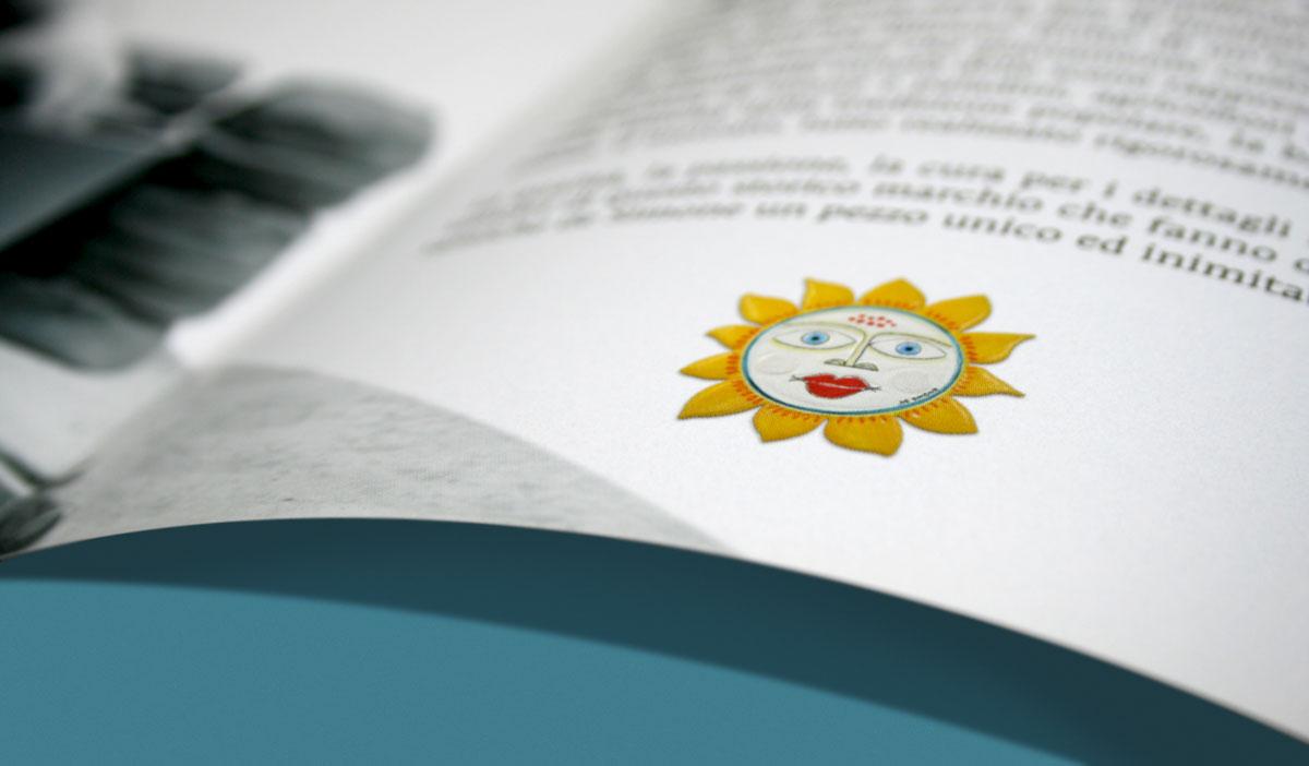 brochure5blu1.jpg