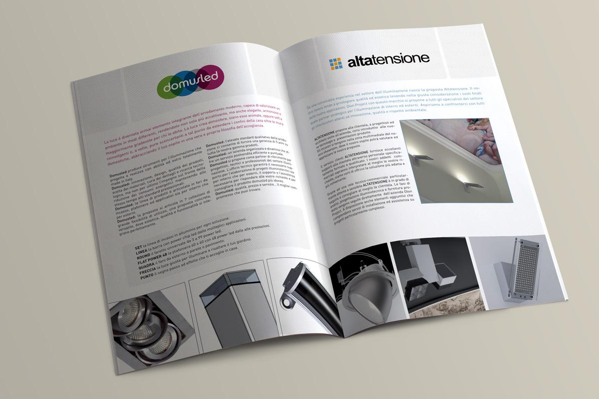 brochureaperta2.jpg